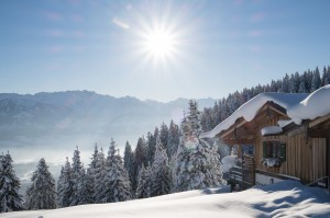 Weltcup-Skihütte des Sonnalp Resort am Ofterschwanger Horn