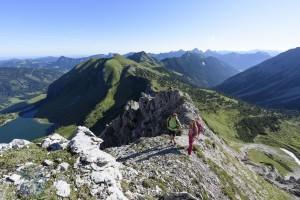 Freie Fahrt mit der Bergbahn und auf Zeitreise durch die Alpen