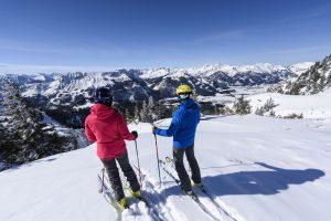 Schnee, Sonne und drei TageSkispaß inklusive
