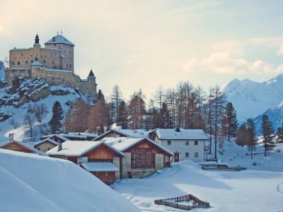 5a) Schloss Tarasp (nebeneinander mit Bild 5b)
