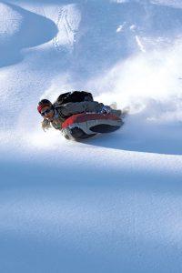 Verrückte Schnee-Sportarten – von Airboarding bis Schneegolfen