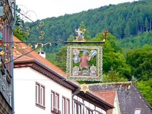 Aushaengeschild Hotel zum Riesen Brauereistern 2016-06-16 Foto Elke Backert