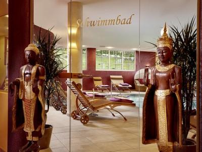 Ayurveda-Resort-Sonnhof_Eingang-Panorama-Hallenbad