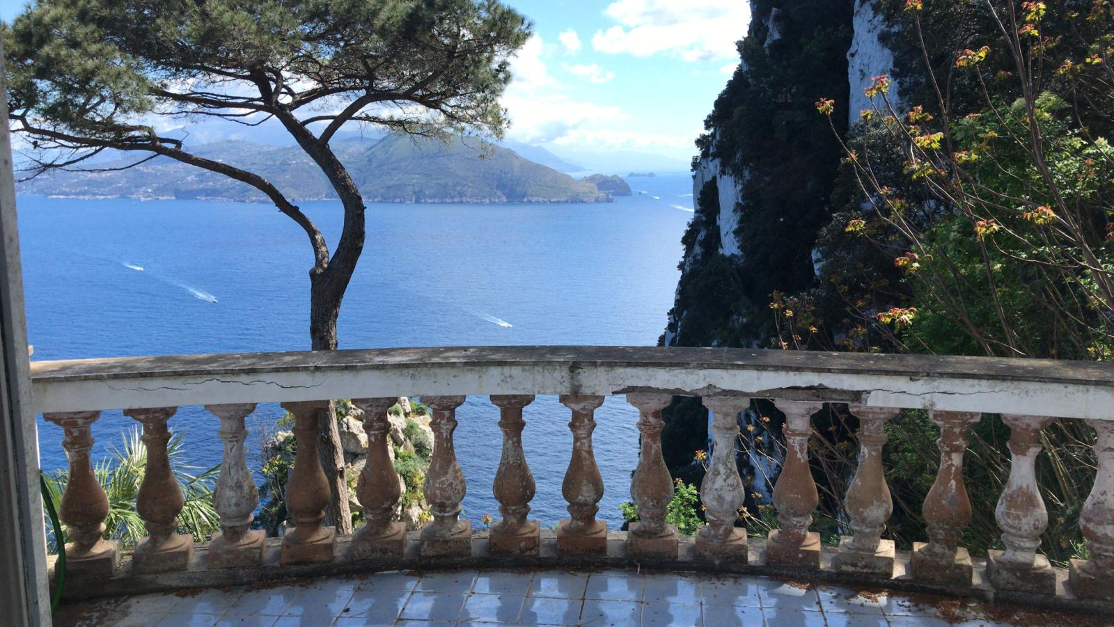 Capri, die Dimensionen einer verkannten Insel Italien
