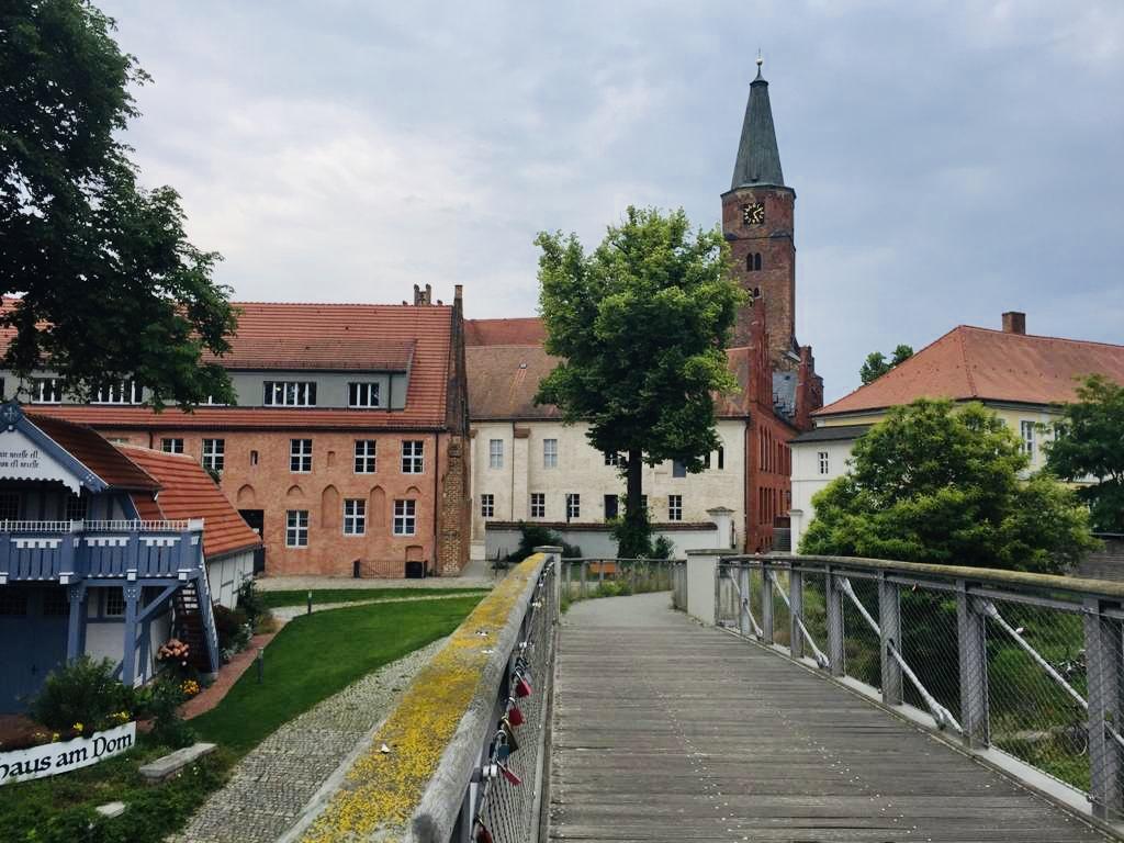 Anleger nahe des Domes in Brandenburg/Havel Foto: WeirauchNa