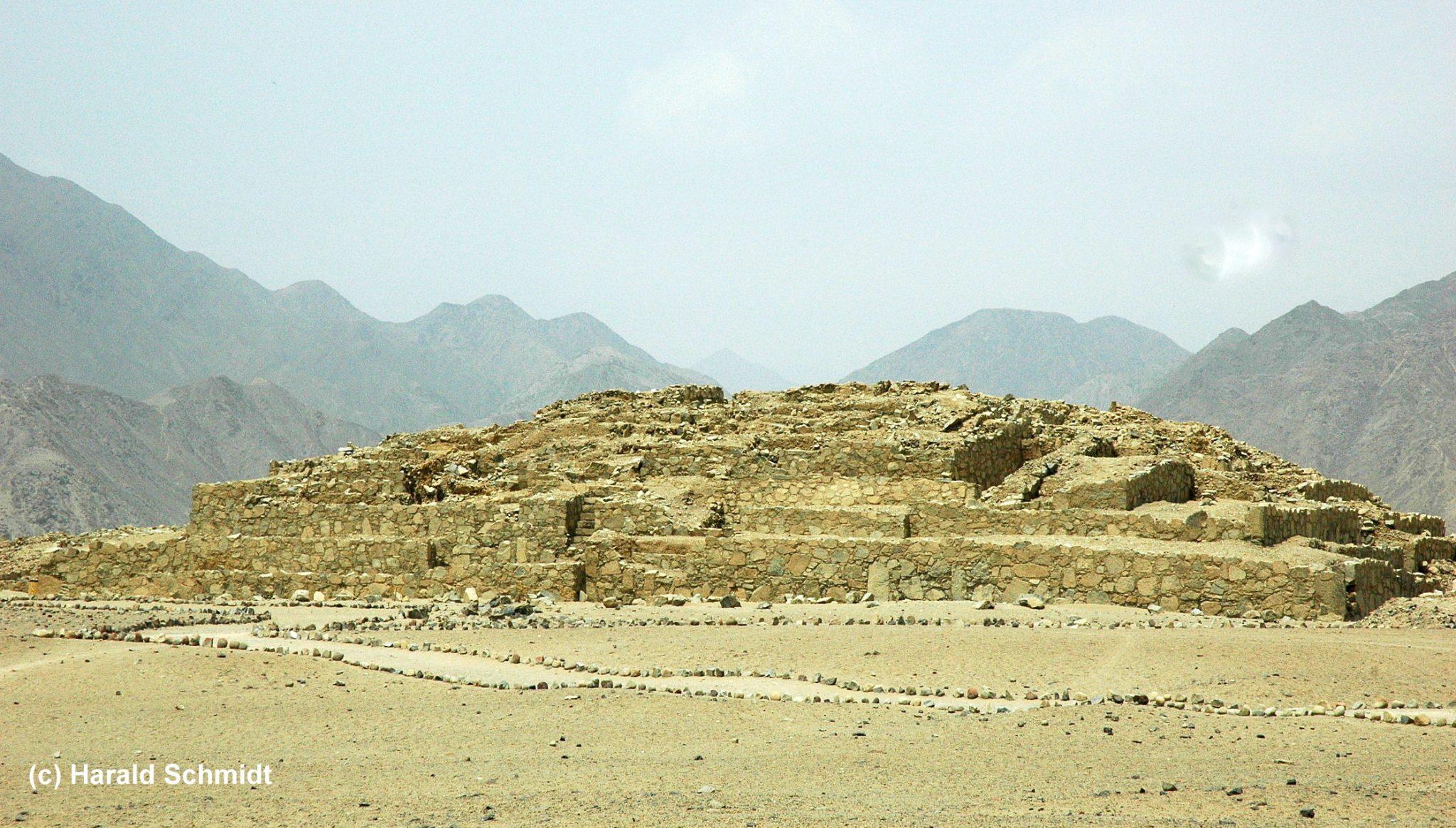 Caral Pyramiden