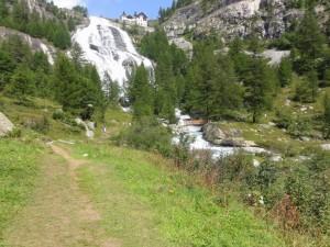 Im Sonntagsstaat: Die Tosa-Wasserfälle im Val Formazza ausnahmsweise mal in voller Pracht