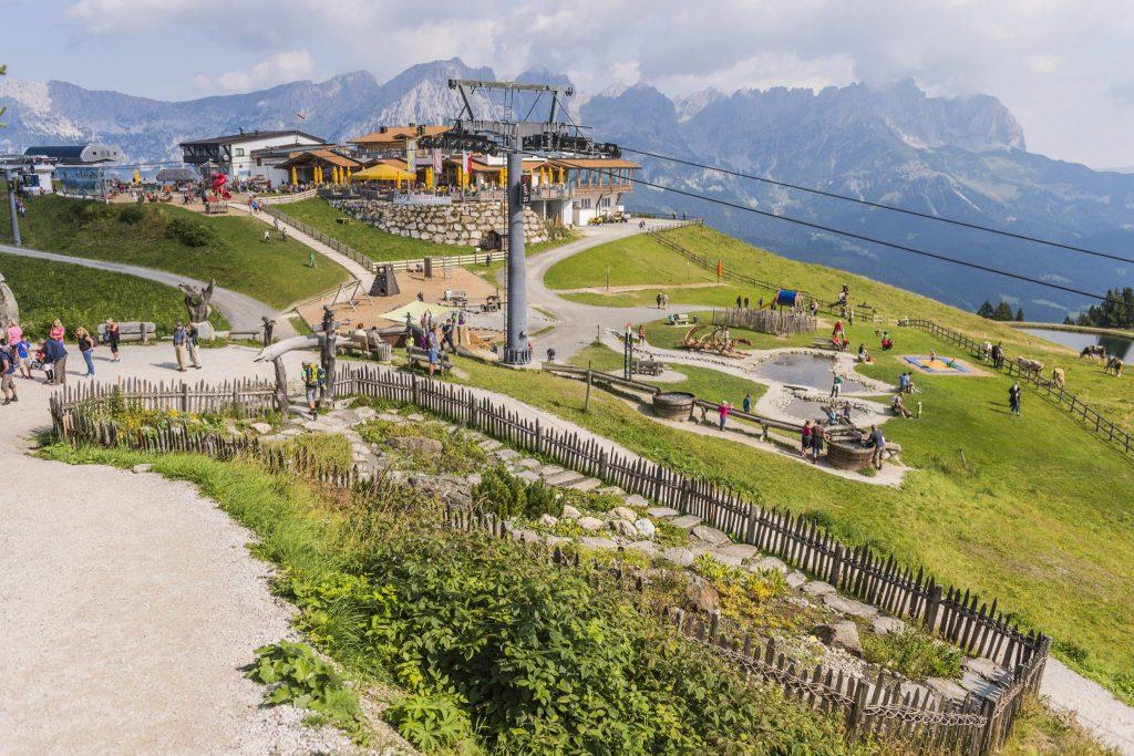 Tirols Spielplätze am Berg. Jetzt im Sommer entdecken.