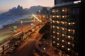 Das Hotel Fasano liegt direkt am Strand von Rio de Janeiro.