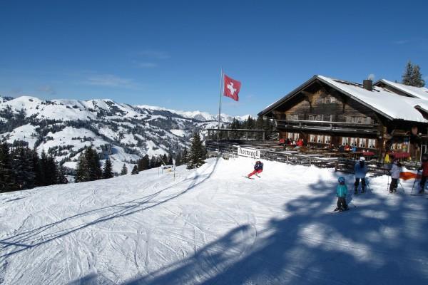 Skispaß für die ganze Familie am Horneggli und auf der Schönrieder Alm oberhalb von Gstaad