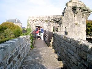 Guerande begehbare Stadtmauer