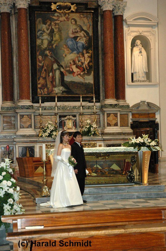 Liebesschwur beim Heiligen Valentin                                               Umbrien und Toskana – Region der Liebe und Romantik