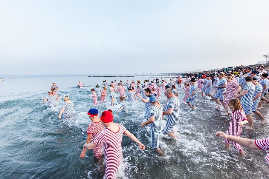 Von der Silvesterparty bis zum Neujahrs-Anbaden