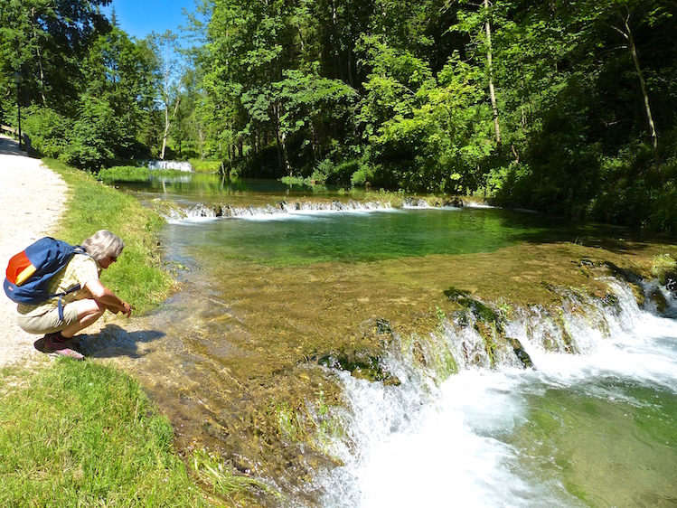 Kuhles Quellwasser Am Fusse Der Wimsener Hohle Reise Stories