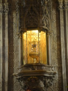 Kathedrale-HeiligerGral-1