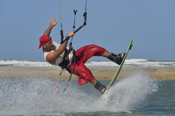 Kite Surfing in Barra Nova