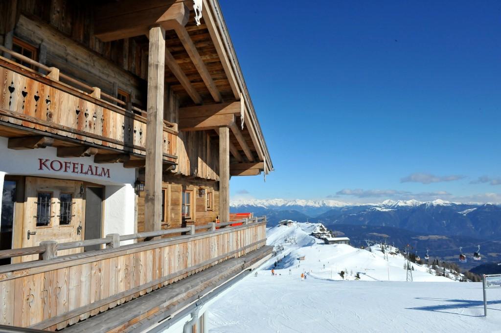 Die Kofelalm die höchste Skihütte des Nassfeld.