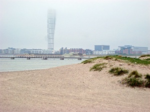Malmoe Turning Torso im Nebel
