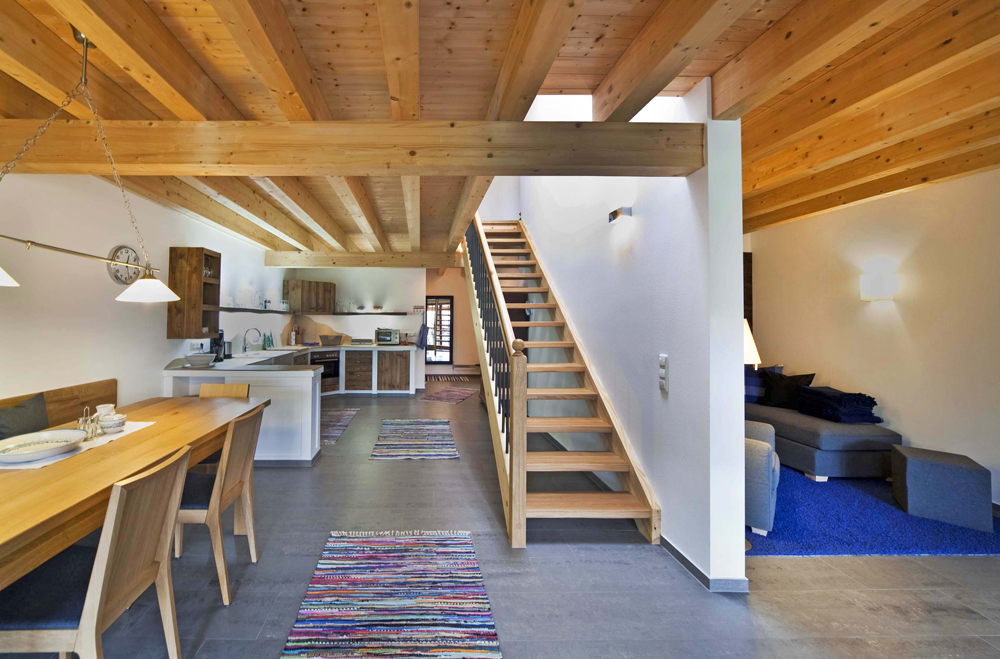 die moderne zieht ein marchlhof aschau bayern chiemgau. Black Bedroom Furniture Sets. Home Design Ideas