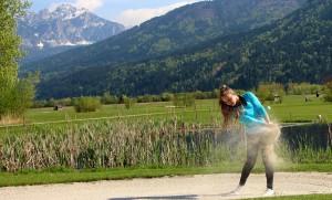 """Nassfeld Golf"": Abschlag ins Bergpanorama"