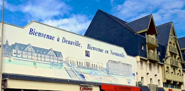 Deauville: Wo Pferde beinahe im Mittelpunkt stehen