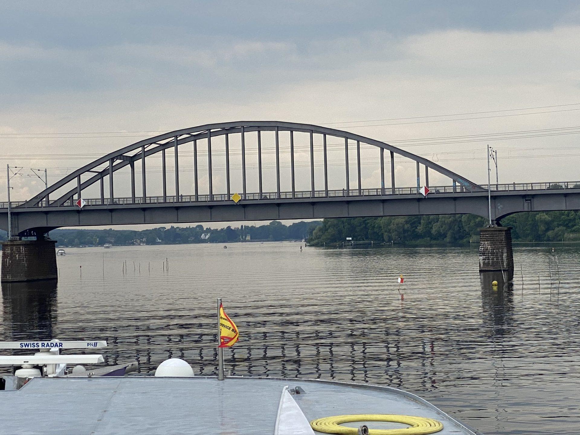 Eisenbahnbrücke über den Templiner See Foto: Weirauch