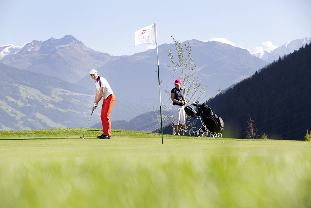 Ski heil, Golf geil, Hut ab! Neuer Hit im Zillertal