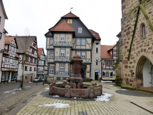 Rathaus_Pfarrkirche_Hessisch_Lichtenau_2015_02_10_Foto_Elke_Backert