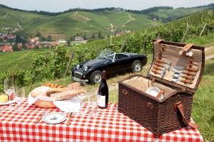 """Zum Picknick mit einem Porsche """"Dean"""" (Baujahr 1966)."""