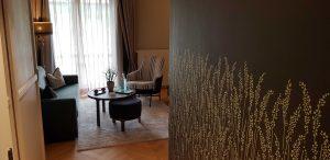 """Stilvoll: Die neu renovierten Doppelzimmer der Kategorie """"Star"""" bestechen durch Wohlfühlambiente in modernem Design. Foto: Bauroth"""