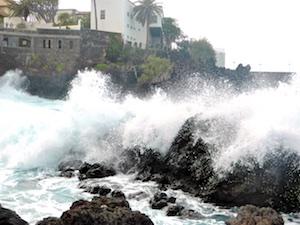 Schaum Atlantik Puerto de la Cruz 2016-04-01 Foto Elke Backert
