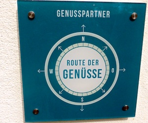 Schild Route der Genuesse 2016-06-16 Foto Elke Backert