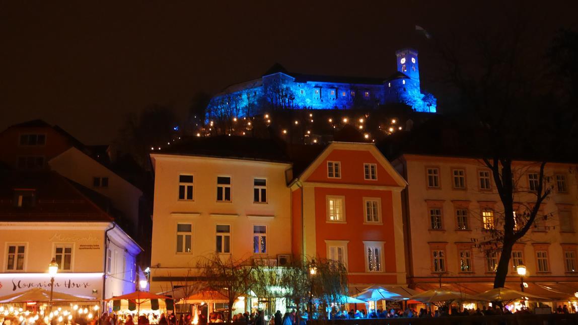 Slowenien Weihnachten LJUBLJANA BLED Weihnachtszeit