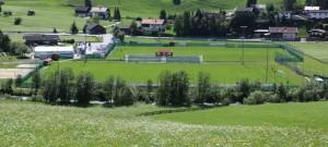 Das Alpenstadion Neustift, die Trainingsstätte der französischen Fußball-Nationalmannschaft. Foto: TVB Stubai Tirol