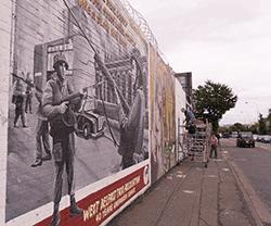 Mural in der Falls Road in Belfast