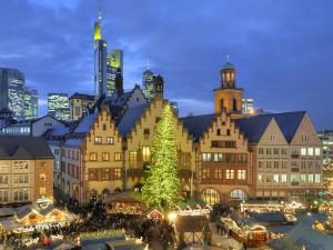 Weihnachtsmarkt am Römer. © Tourismus+Congress GmbH Frankfurt am Main