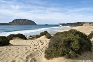 Die feinsandige Playa de las Conchas auf Lanzarotes Nachbarinsel La Graciosa Fofo: Turismo Lanzarote