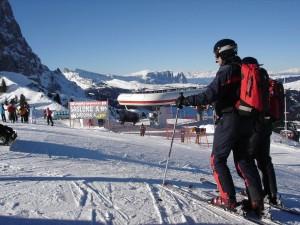 Carabinieri am Gipfel. Da fährst du automatisch rücksichtsvoller.