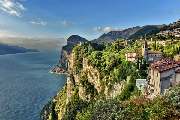 Von Tremosine ist die Aussicht auf den Gardasee grandios.