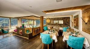 Attraktives Ambiente in Holz: Die neue Stube im Panorama-Restaurant