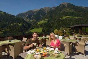 image006Das  milde Klima der Passiertal-Region läßt Südtiroler Outdoor-Feeling schon ab März zu.