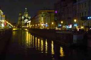 beliebtes Fotomotiv - die Auferstehungs-Kirche 1883 am Griboedova Kanal
