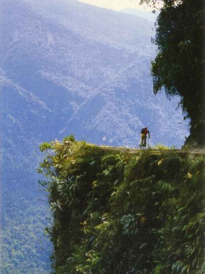 k-Bolivia_-_The_Worlds_Most_Dangerous_Road