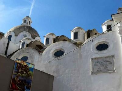 k-Capri Kirche