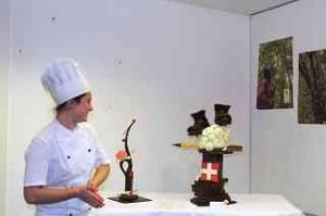 Chocolatier Cornelia Ammann in der Confiserie Schuh in Interlaken / Foto DagmarGehm