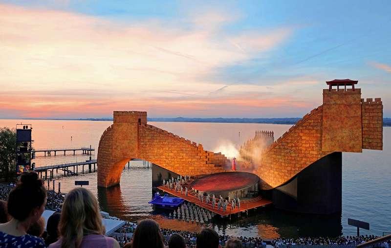 k-Sonnenuntergang am Bodensee bei Spielbeginn(c)BFS-A.Koehler