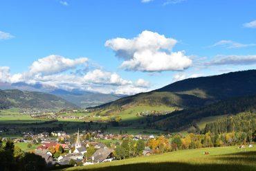 """Herbstglühen """"oben und unten"""" in St. Margarethen im Lungau"""