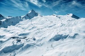 Nach dem Feiern Skifahren auf dem Kitzsteinhorn. Foto: Gletscherbahnen Kaprun.