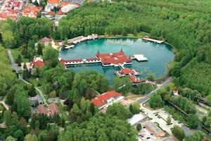 Ungarn: Entspannen mit Spaß im Thermalsee von Bad Hévíz