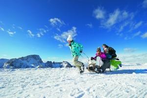 Kinder lieben den Schnee